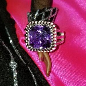Jewerly (ring)
